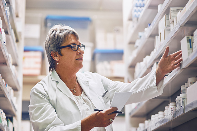 Points to ponder: Hospital vs. retail career paths in 2018