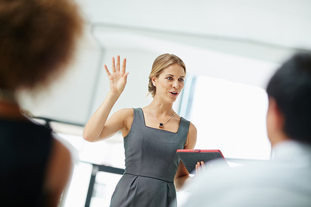 9 simple tips to become a powerful presenter