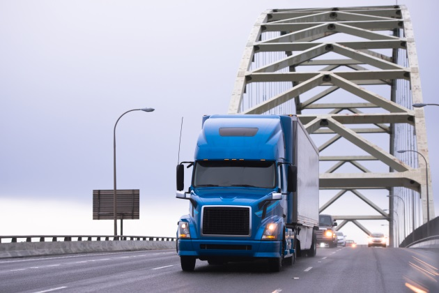 Why are on-the-job deaths of large-truck drivers on the rise?