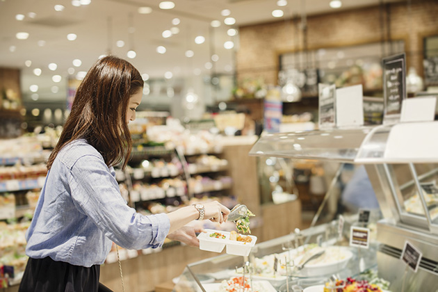 Will supermarkets become a new competitor for restaurants?