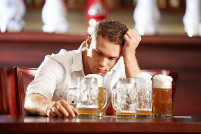 Does heavy drinking affect brain function?