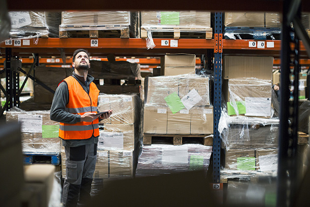 Defining the role of warehouse supervisor