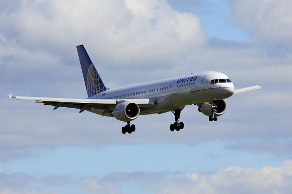 United pushes economy-class travelers away with new frequent flyer program