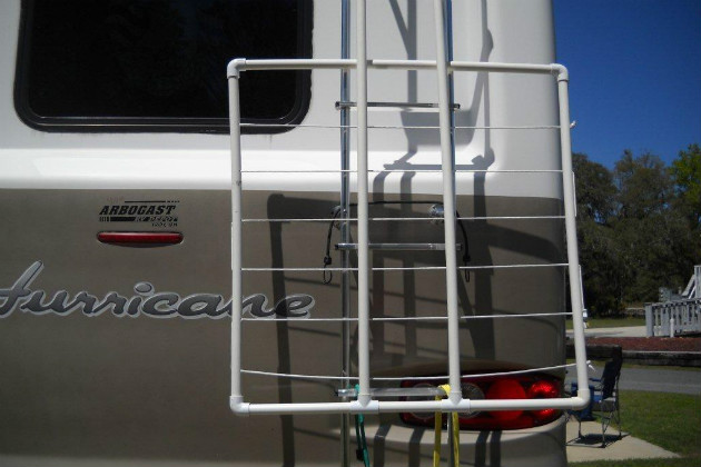 How To Make A Portable Clothesline For RVing