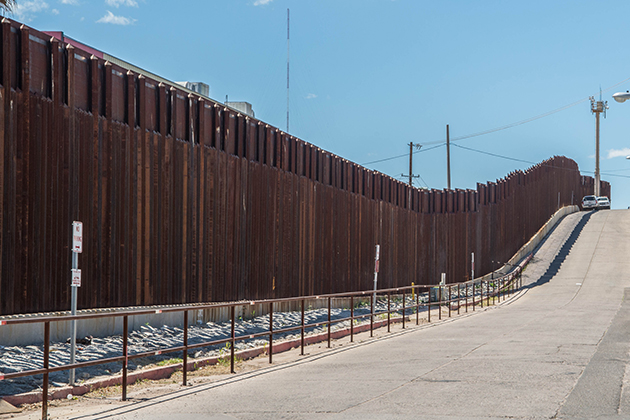 Who's lined up to build Trump's Mexico wall?