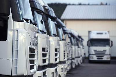 How fleet tracking can help solve fleet management challenges