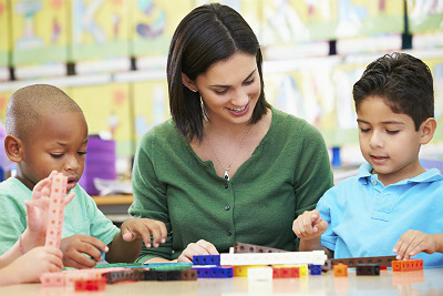 Sheltered instruction and English language development: Key components