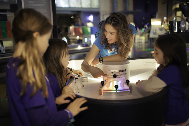 The future of education? Smart and personalized microschools