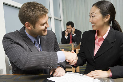 4 tips to making a positive first impression