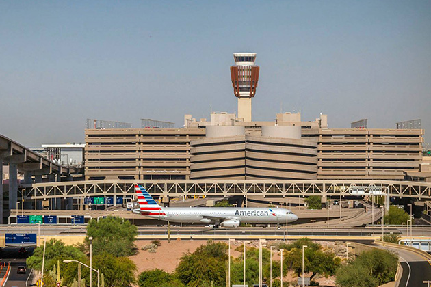 Chaos in Arizona: What happens when it's too hot to fly?