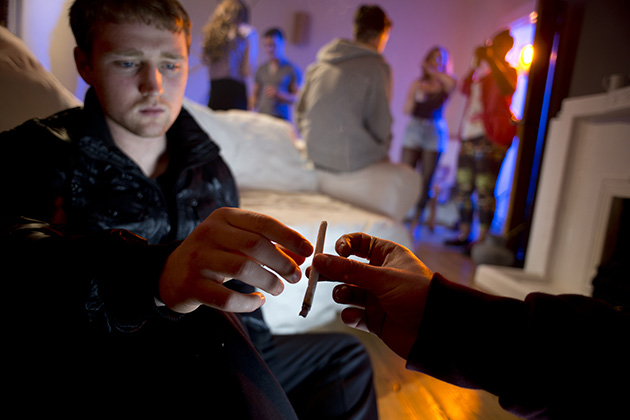 As legalization spreads, marijuana use rises among college students