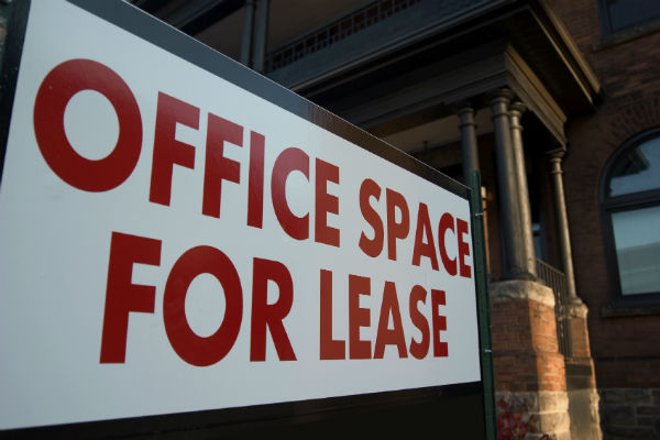 Dealing with deposits for commercial tenants