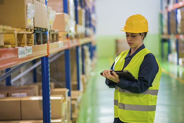 Developing dashboards: The right data for warehouse managers
