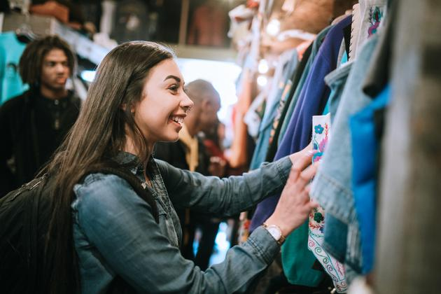 Infographic: Gen Z e-commerce trends — sustainability and the second-hand economy