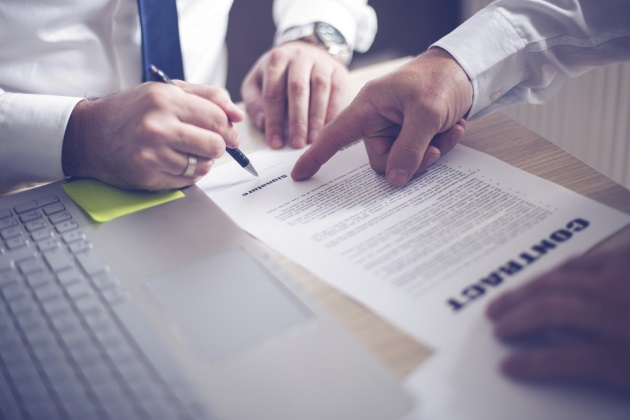 7 essential provisions for every employment contract
