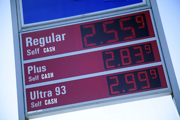 Road trips are up this summer thanks to cheap gas rates