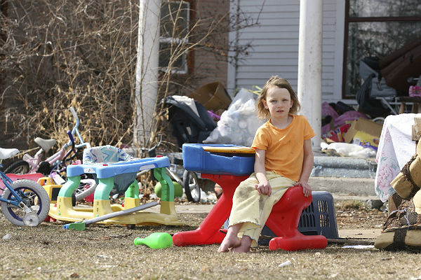 Study: Poverty harms brain development in children