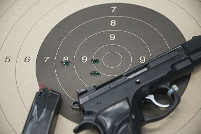 Handgun shooting drills: Targets and timing
