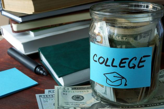 How educators can prepare college-bound students for financial aid