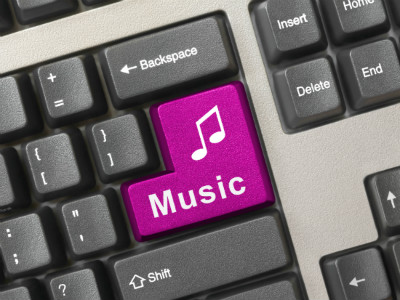 Music boosts creativity, productivity in the workplace