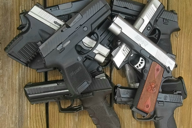 Video: Comparing the top laser training pistols