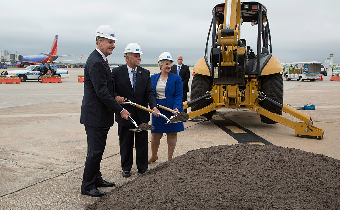 Ground broken on Southwest's new international terminal at Houston