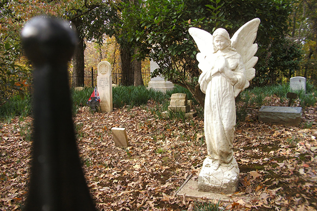 7 reasons to visit cemeteries on your next trip