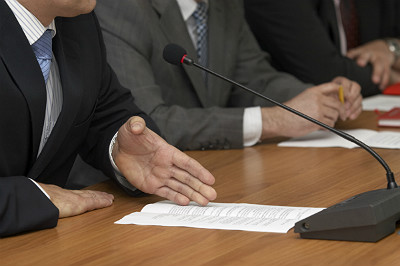 Why should you keep committee minutes?