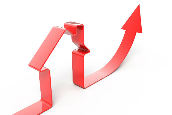 Lower interest rates boost home sales, prices